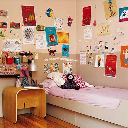 I kind of like this idea for Vince's bedroom. Putting all his artwork on the wall