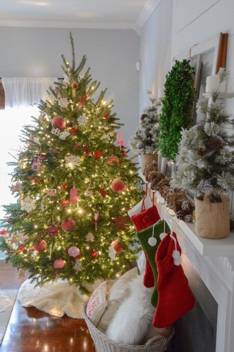 Classic Christmas Decor Country Christmas 2 Pinterest - country christmas decorations
