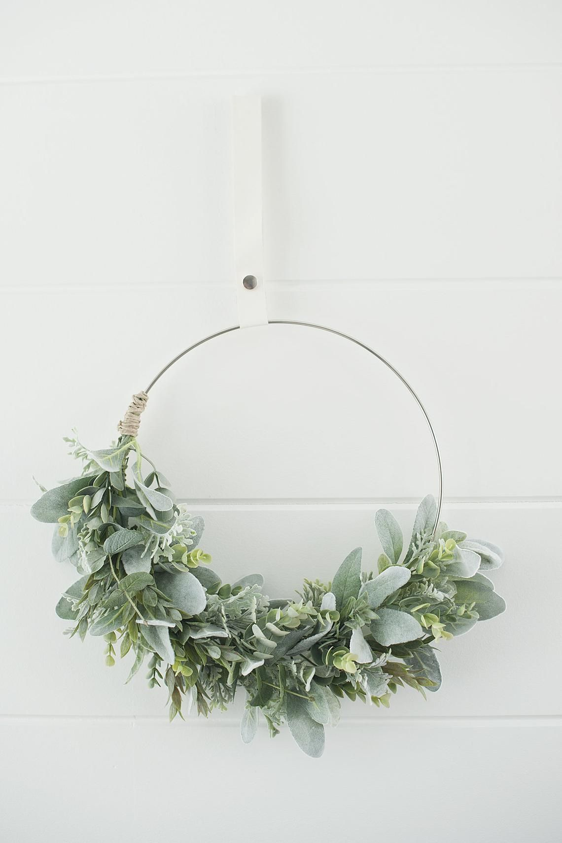 Modern spring soft greens swag wreath||Spring wreath||hoop wreath||Modern wreath||front door wreath|| greens wreath|modern farmhouse