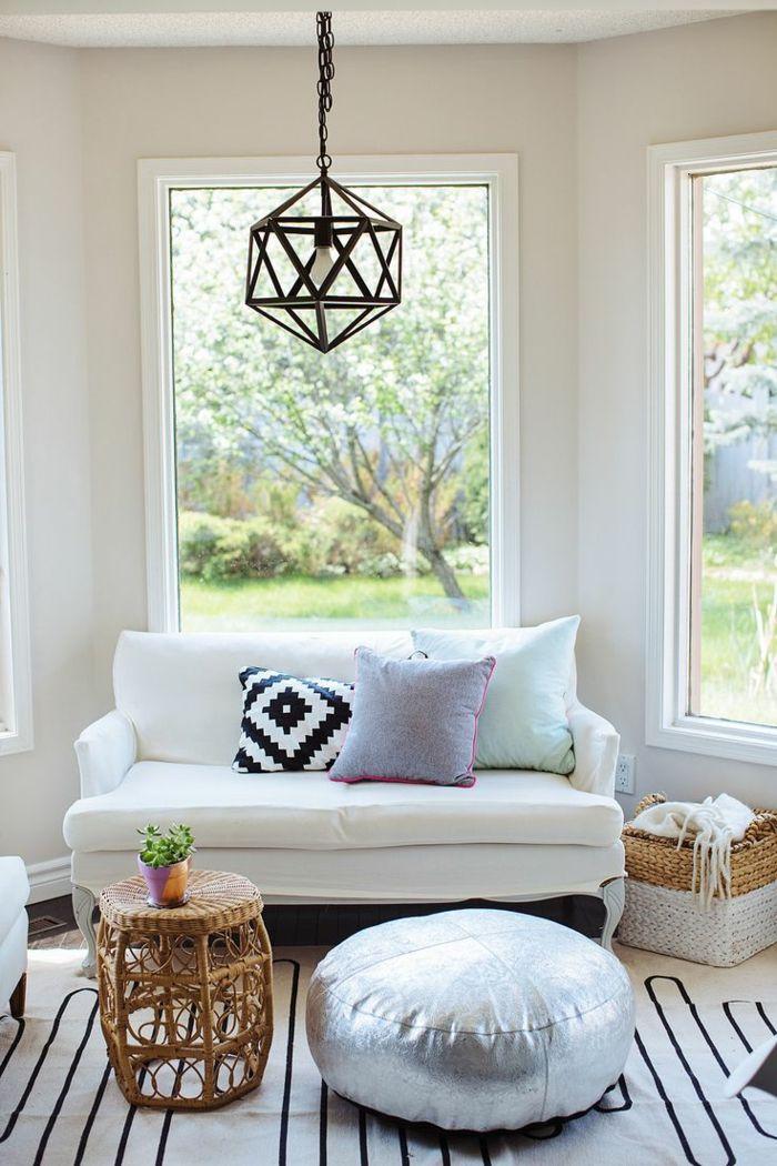 Eklektisches Interieur Rattanmobel Weisses Kleines Sofa Klein Elegant