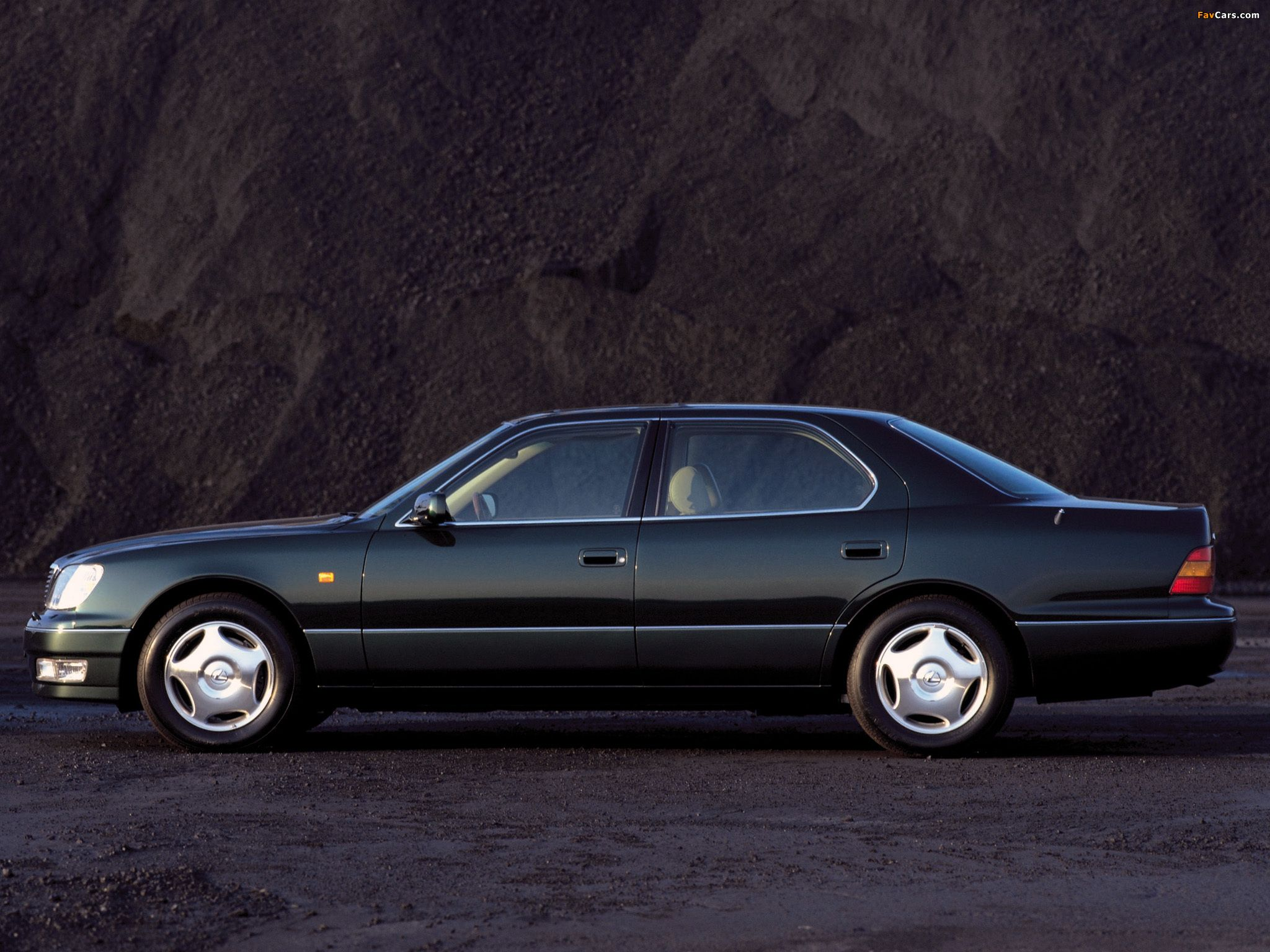 1997 Lexus LS400