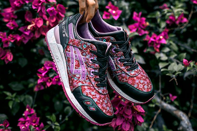 384113d8536 LIMITED EDT x ASICS GEL LYTE III (VANDA MISS JOAQUIM) - Sneaker Freaker