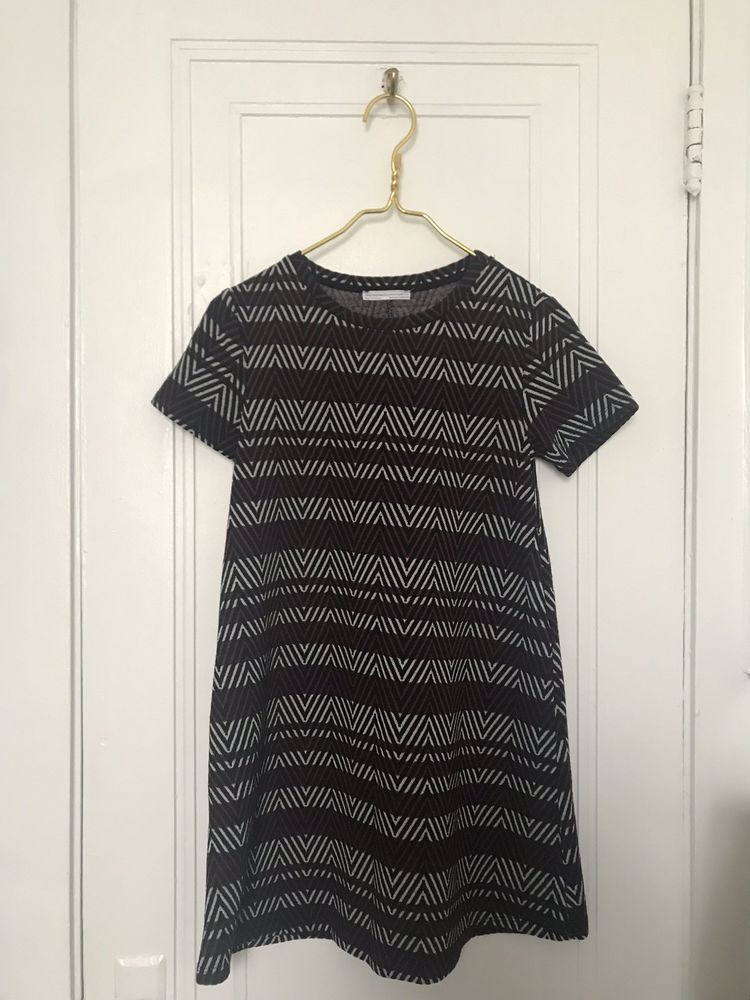 381cc9bea1c Zara Trafaluc DRESS (Fall WINTER COLLECTION) Black Red white Made In TURKEY   fashion  clothing  shoes  accessories  womensclothing  dresses (ebay link)
