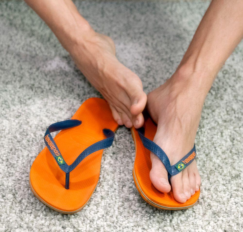 Foot Gay In Man Pic Sandal