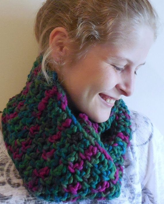 Peacock Wool Cowl Green Wool Scarf Green Fushia by TheSpeckledSwan