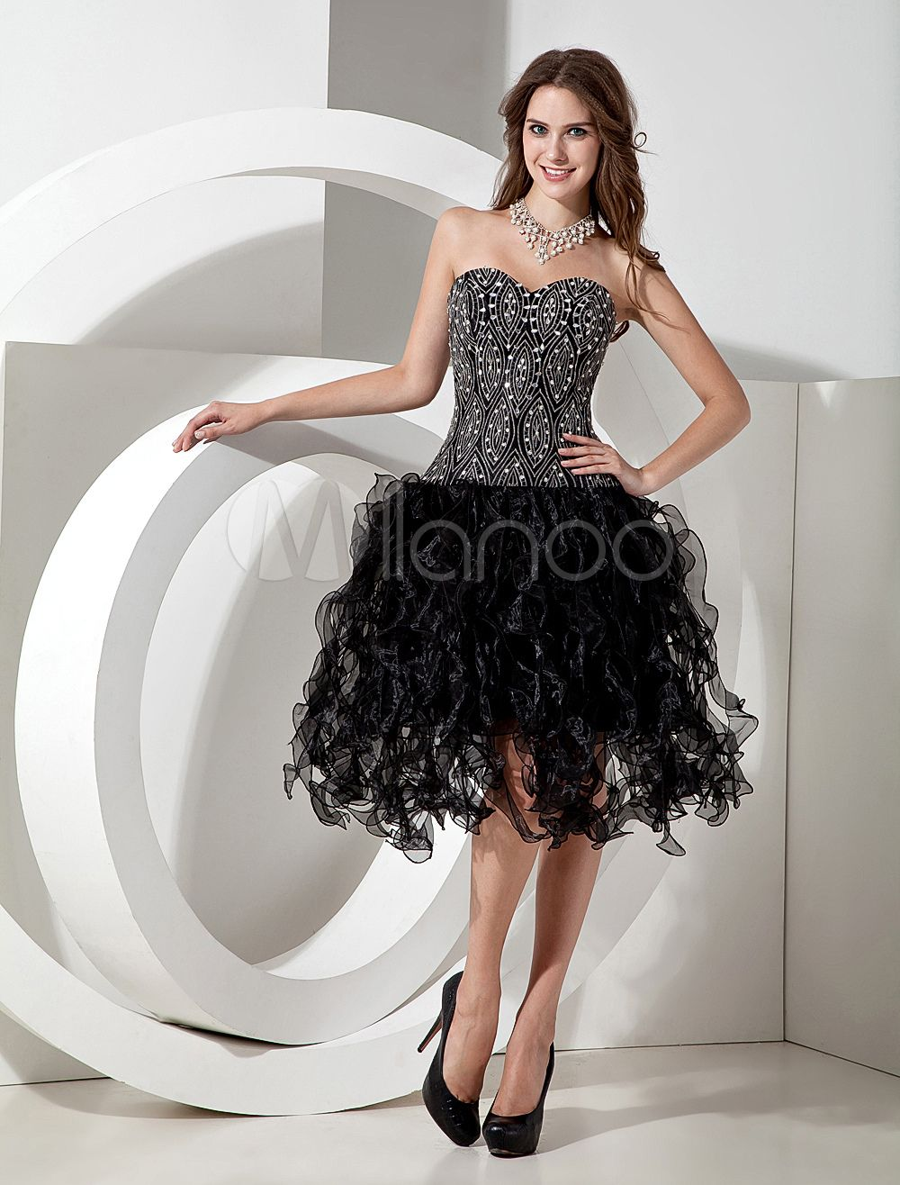 Modern organza black short homecoming dress with aline sweetheart