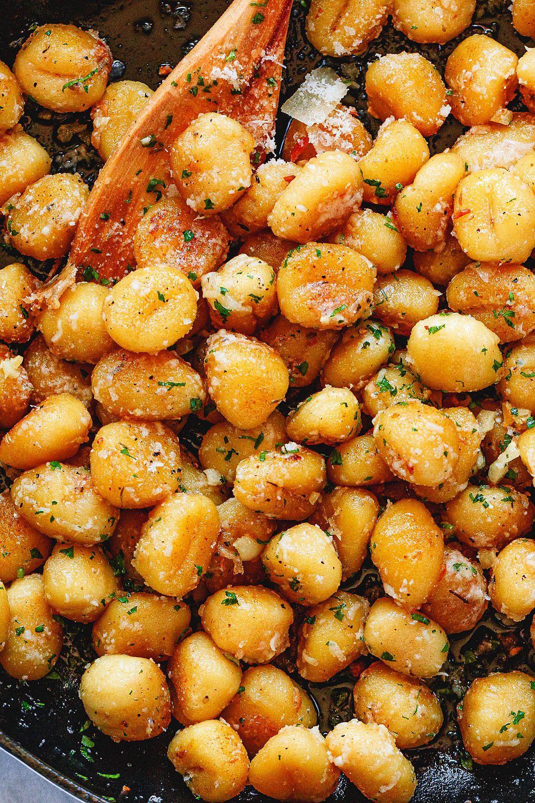 Gebratene Butter Gnocchi mit Knoblauch & Parmesan – #cake –  – Taste Like