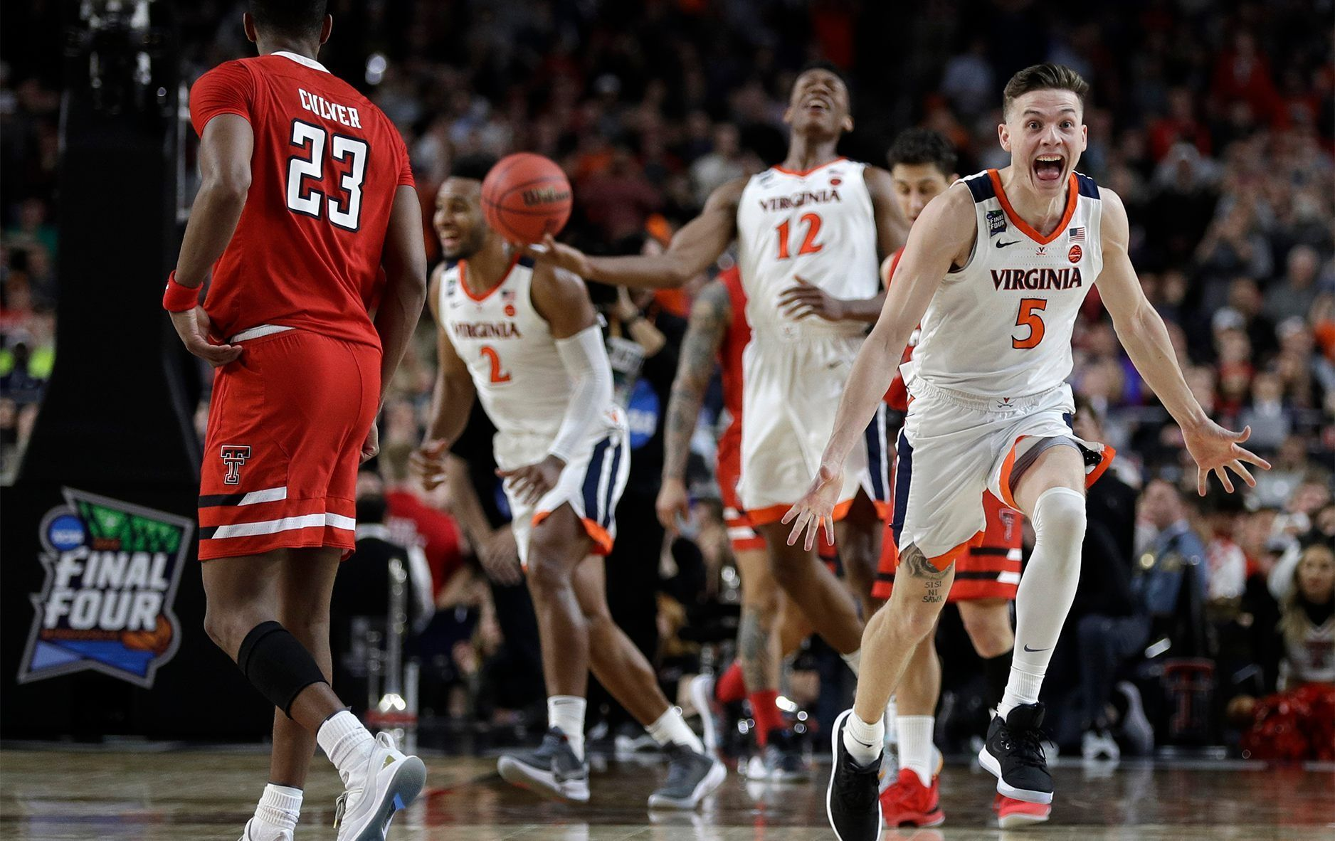Virginia basketball latest champions to decline White