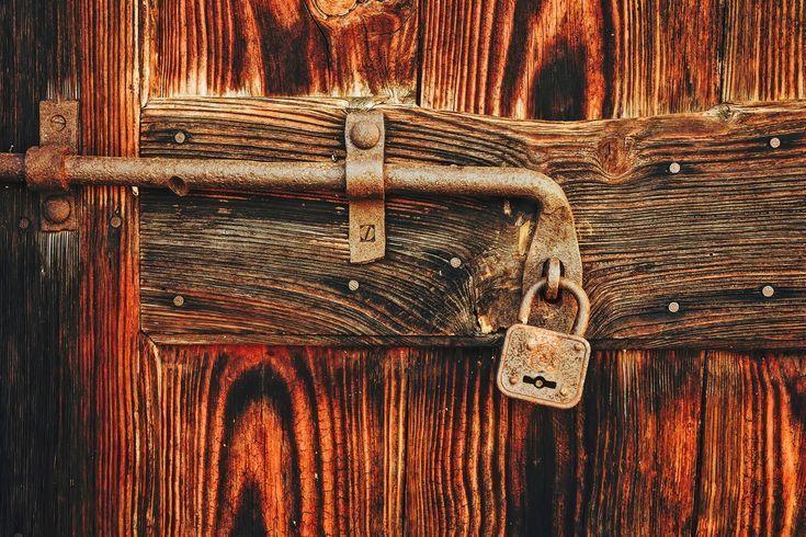 old wooden door- régi fa ajtó  old wooden door   -#homemadeW…