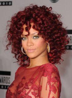 Los rizos de Rihanna e85f85e46c71
