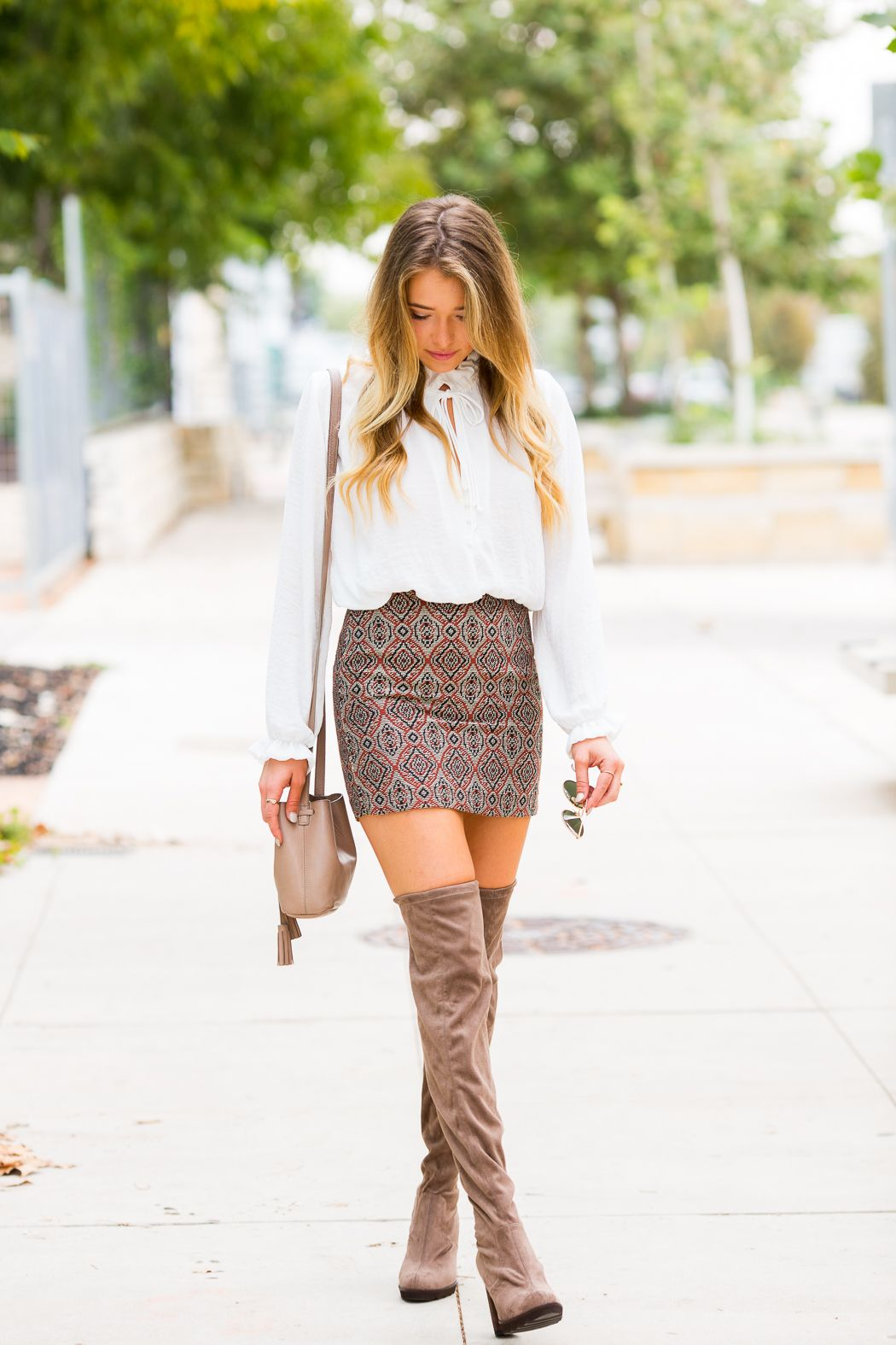 Patterned & Pretty: Mini Skirt and Over the Knee Boots. This WHOLE ...