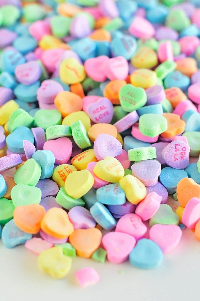 Properprintables Conversation Hearts Wallpaper Download Valentines Wallpaper Heart Candy Converse With Heart