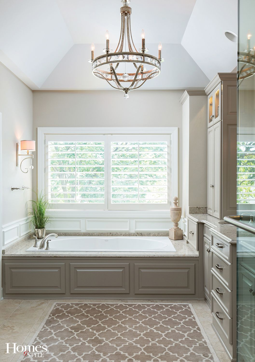 Pin By Jamie Longacre On Home Bath And Kitchen Ideas Bathroom Remodel Master Home House Styles [ jpg ]