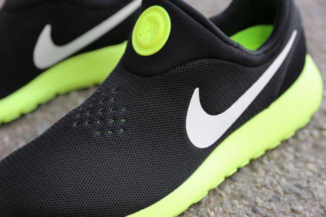 Black · Nike Roshe Run Slip-On ...