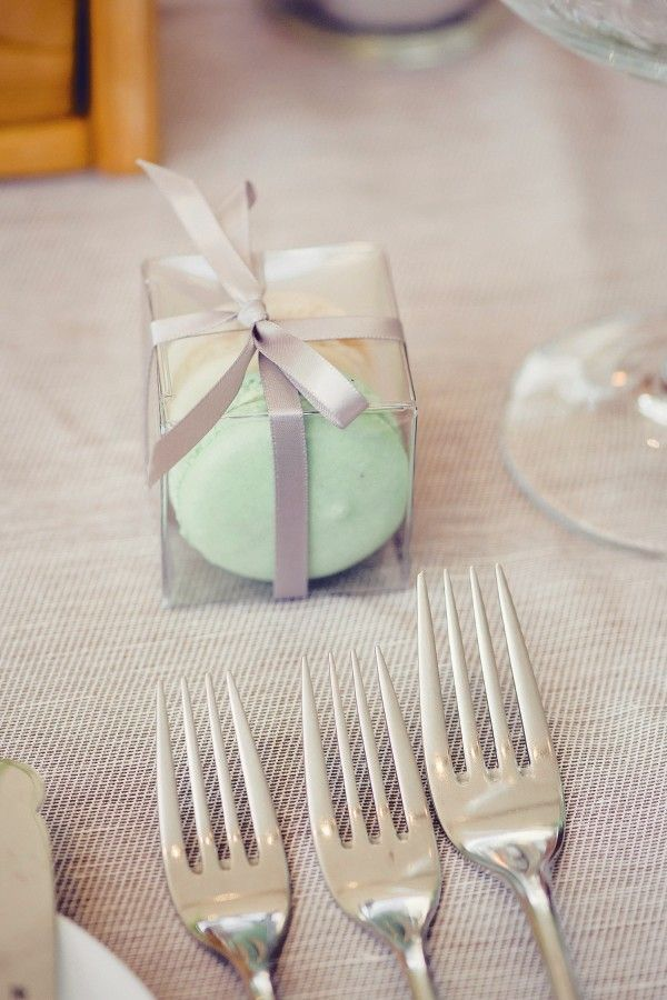 Macarons As Wedding Favors With Images Wedding Favors Wedding Gift Favors Wedding Planning Inspiration