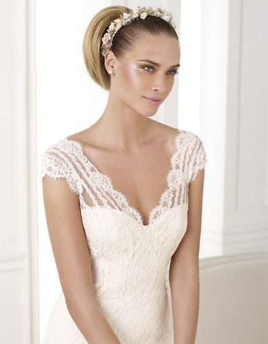 Brands | Wedding Gowns | Kande Lace Gown | Hudson's Bay