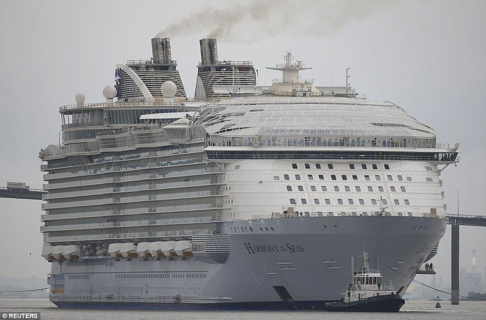 Worlds Largest Cruise Ship Leaves Port For The First Time Tug - First cruise ship in the world