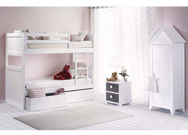 Habitaci n infantil con cama litera y armario mobiliario for Armario habitacion infantil