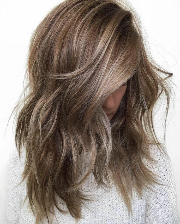 Haare dunkelblonde Frisuren Für