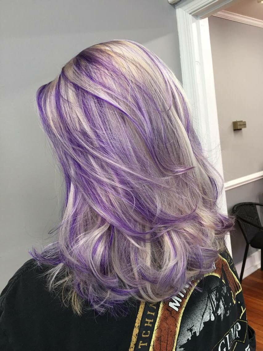 Inspiring Ash Blond And Purple Hair Pic For Lowlights In Blonde Inspiration Trend Purple Blonde Hair Ash Hair Color Purple Hair