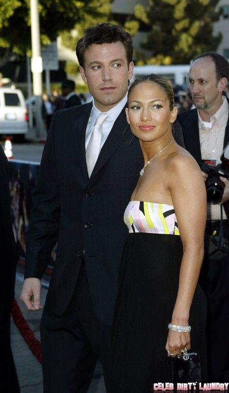 Report Ben Affleck And Jennifer Lopez Jennifer Garner Throws A Jealous Fit Jennifer Lopez Young Jenifer Lopez Jennifer Lopez