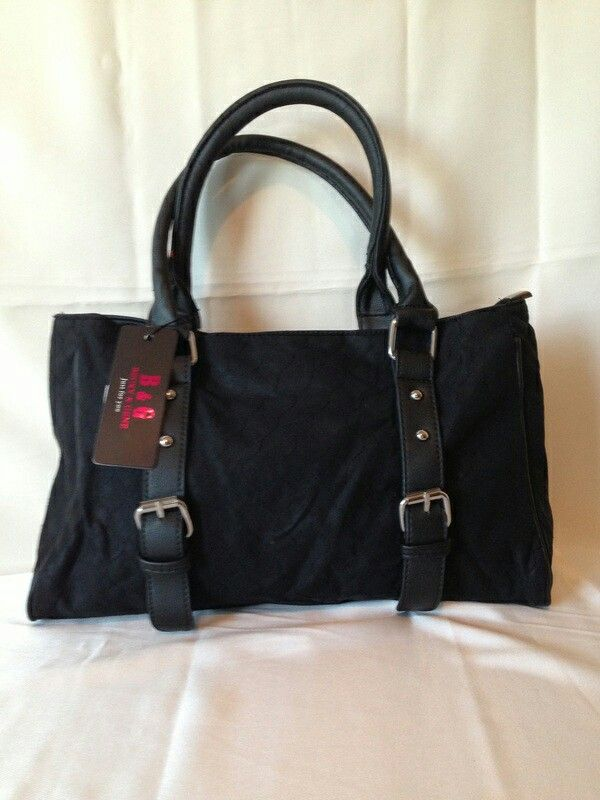 Black Purse. Available at www.rmfashions.net
