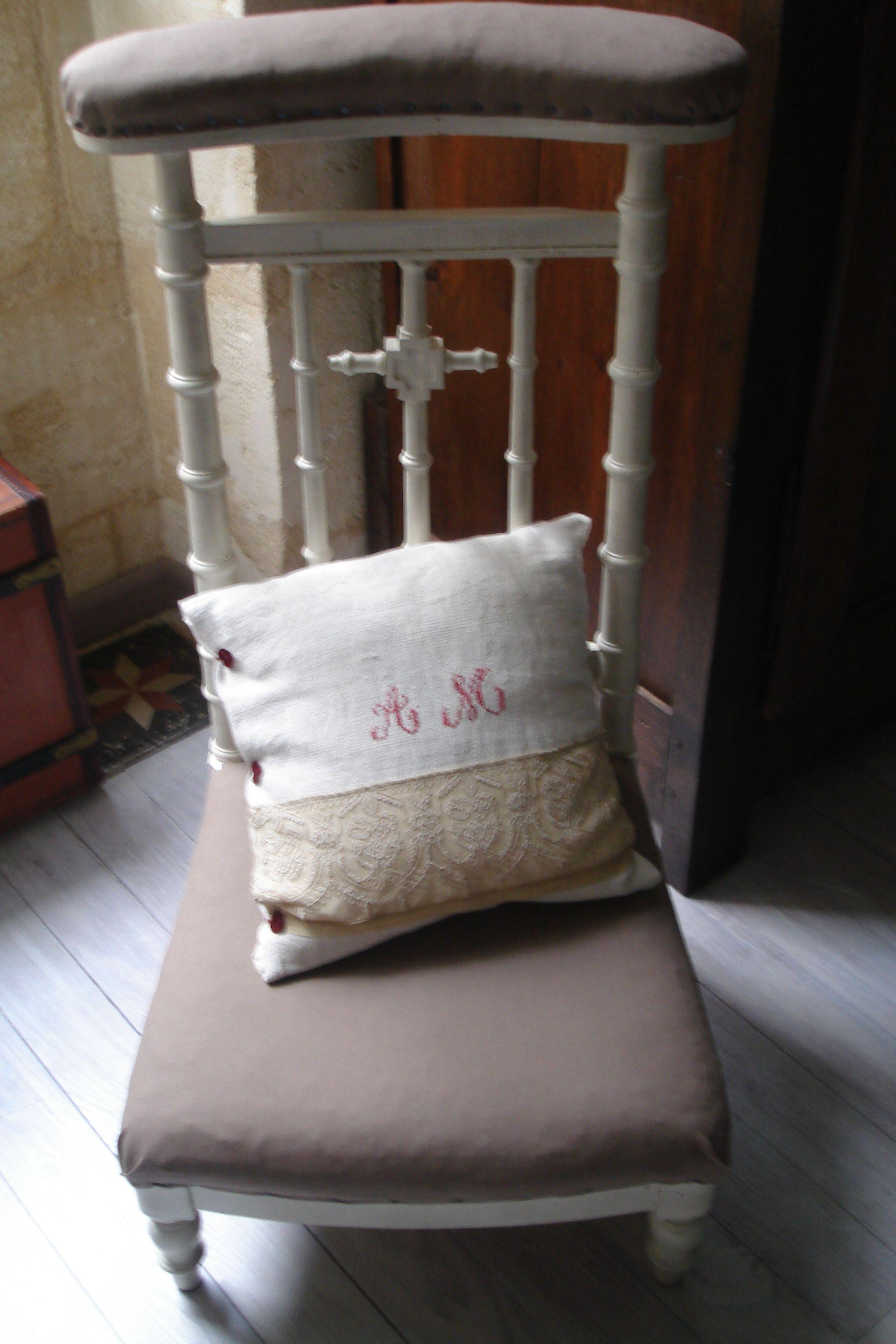 prie dieu patine ficelle tissu beige peindre meubles objets pinterest prier dieu. Black Bedroom Furniture Sets. Home Design Ideas