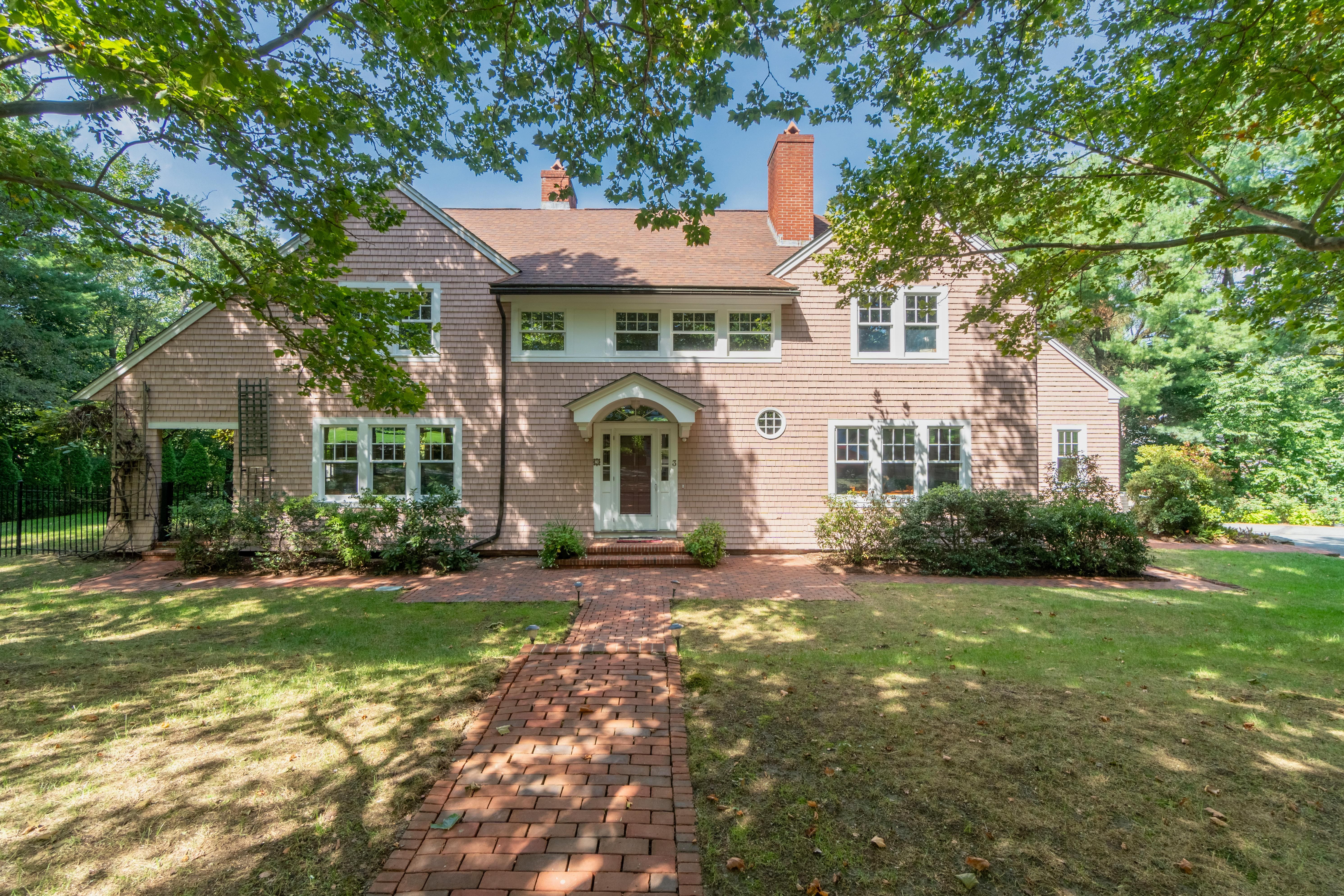 3 hampton rd lexington ma offered by justine wirtanen