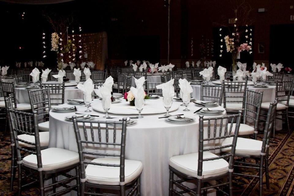 Chiavari Chairs By A Chair Affair Inc White Party Theme