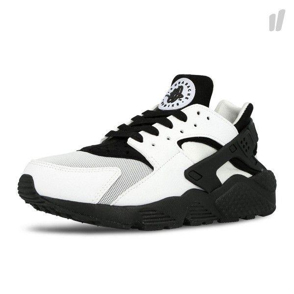 9a8cfb7dbf23e Nike Womens Air Huarache Run – White   Black