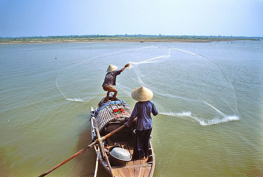 small-scale fishing boat