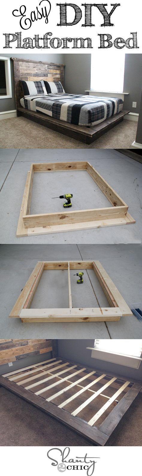 DIY Plattform Bett. Das dunkle rustikale Holz bildet einen schönen ...