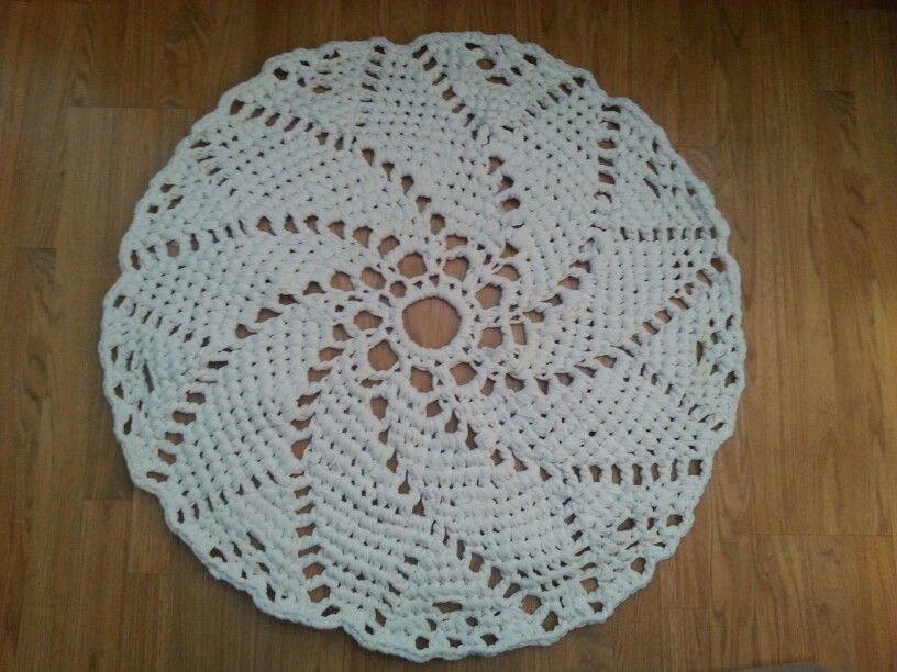 Just finished my floor doily, made from an old set of queen jersey sheets.