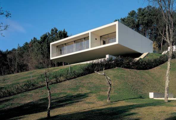 Dos casa en ponte de lima arquitectura moderna casas y for Casa minimalista lima