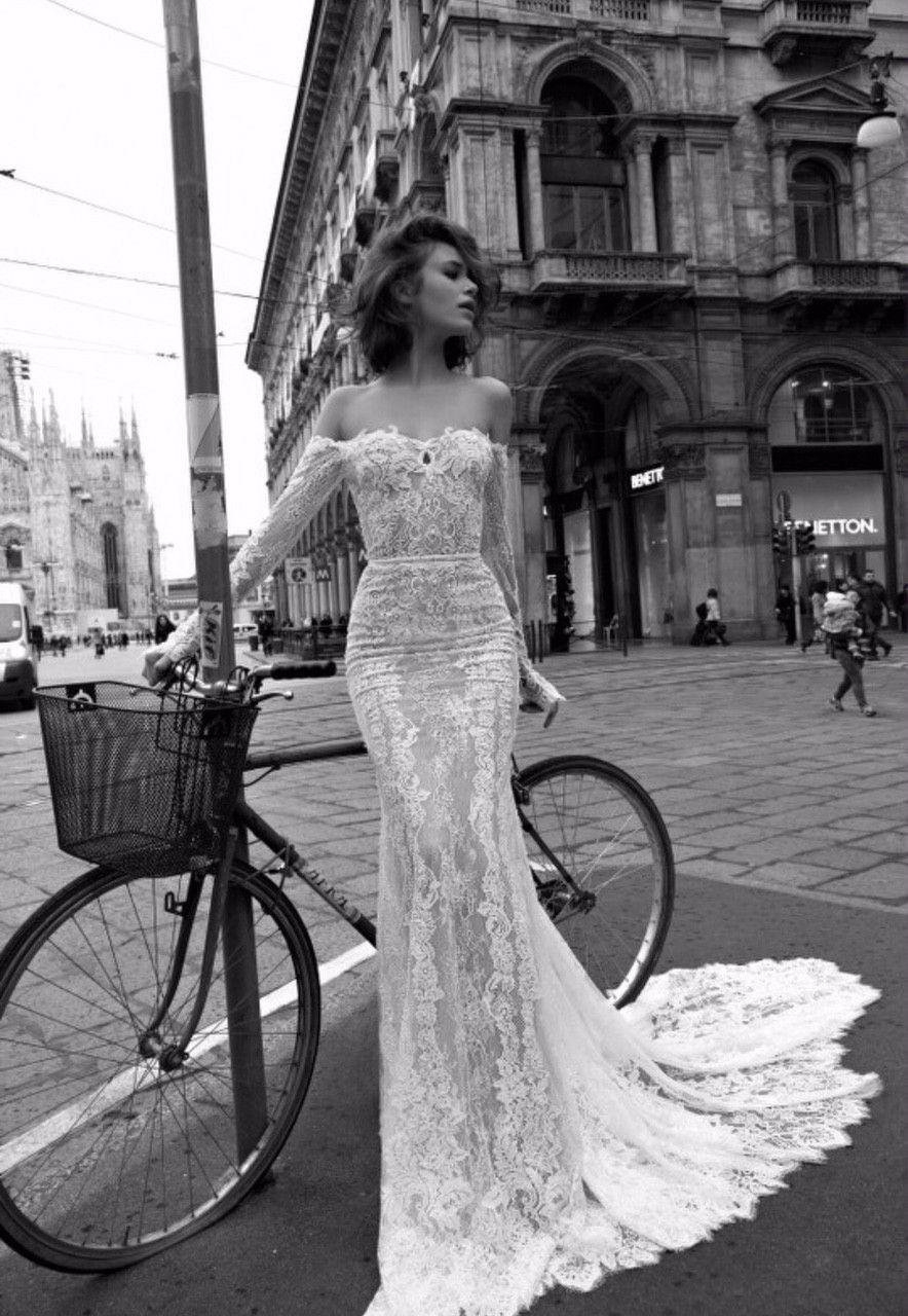 Liz Martinez, Rachel, Size 4   Wedding dress, Weddings and Wedding
