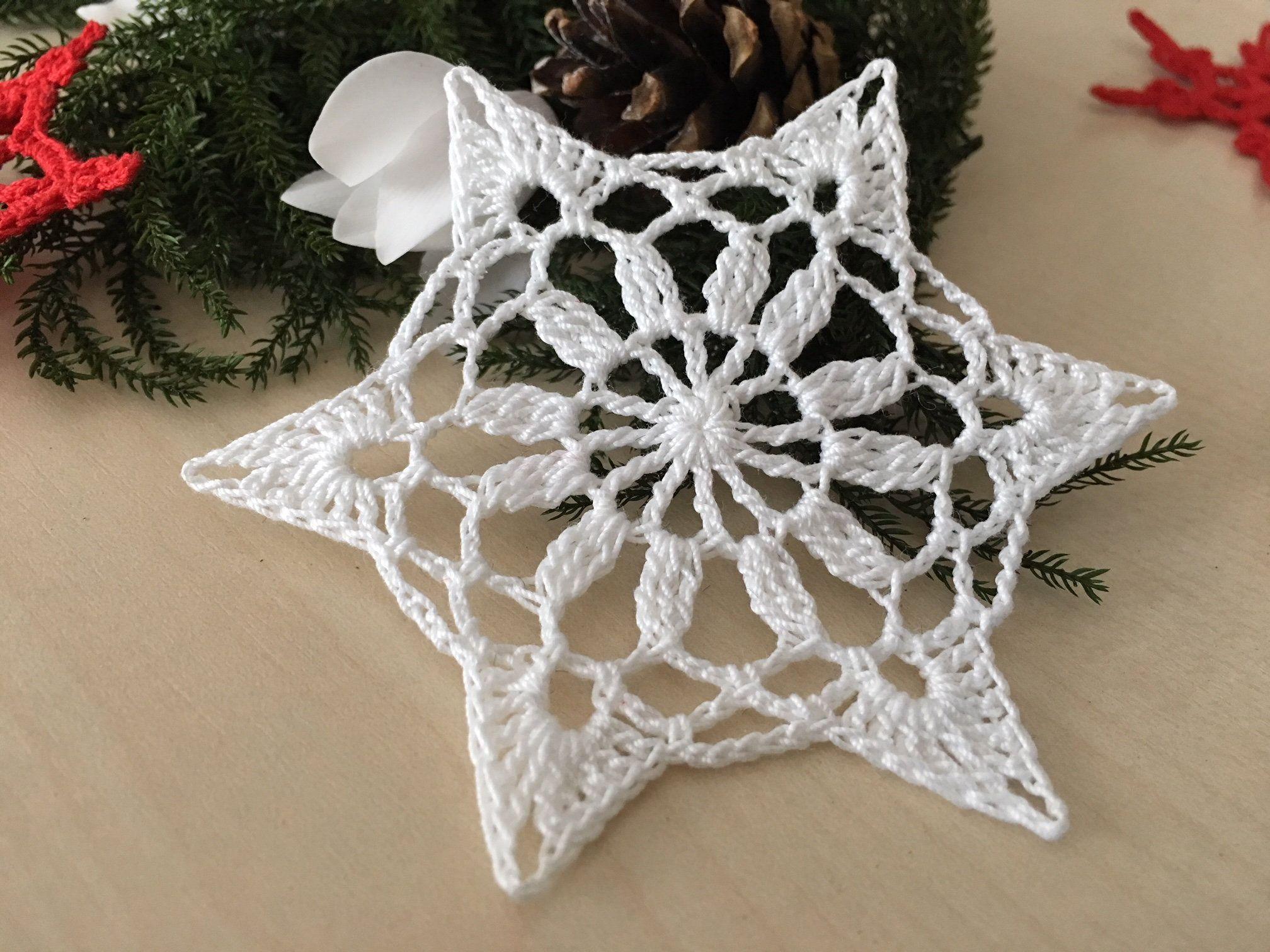 Addobbi Natalizi Uncinetto.Set Di 6 Decorazioni Di Natale Fiocchi Di Neve Uncinetto Etsy Crochet Snowflakes Christmas Crochet Crochet Snowflake Pattern