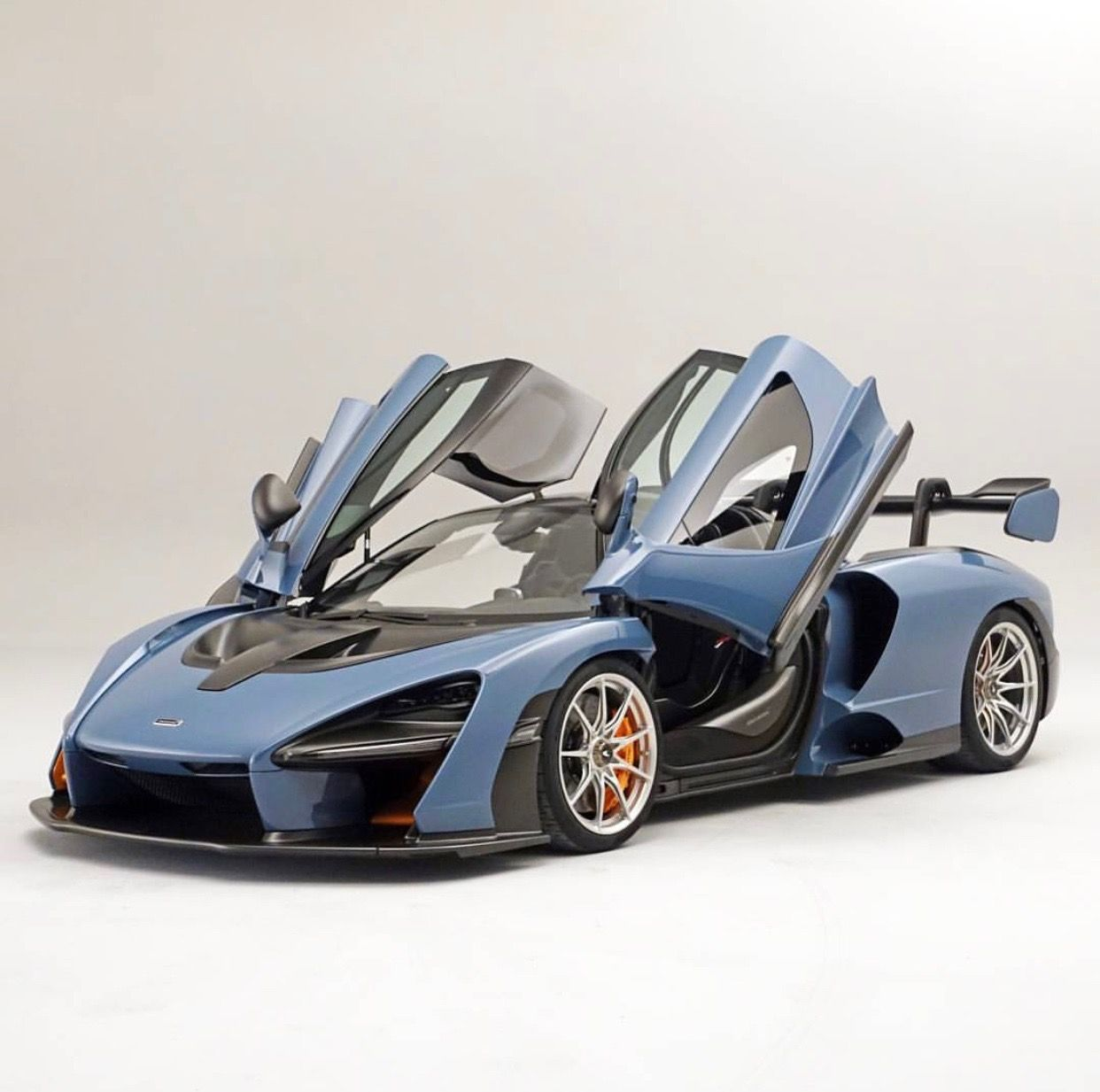 McLaren Senna Painted In Vision Victory Grey W/ Exposed