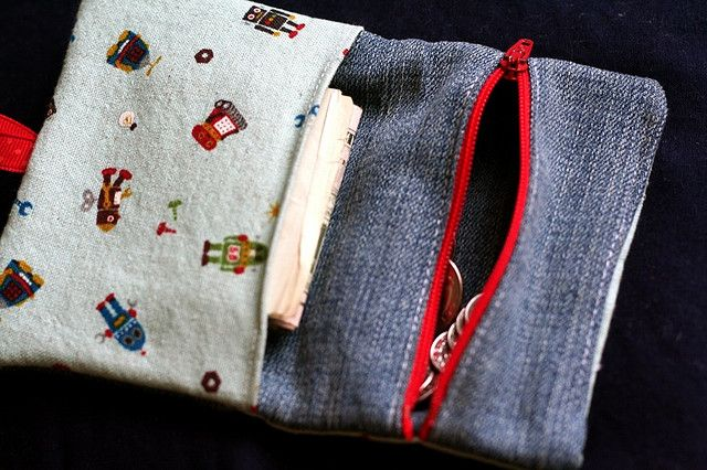 Kid's wallet with zip pouch for change by verymom, via Flickr