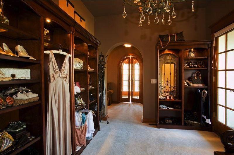 Now That Is A Walk In Closet Old World Gothic And Victorian Interior Design Victorian Interio Victorian House Interiors Gothic Interior Victorian Interior