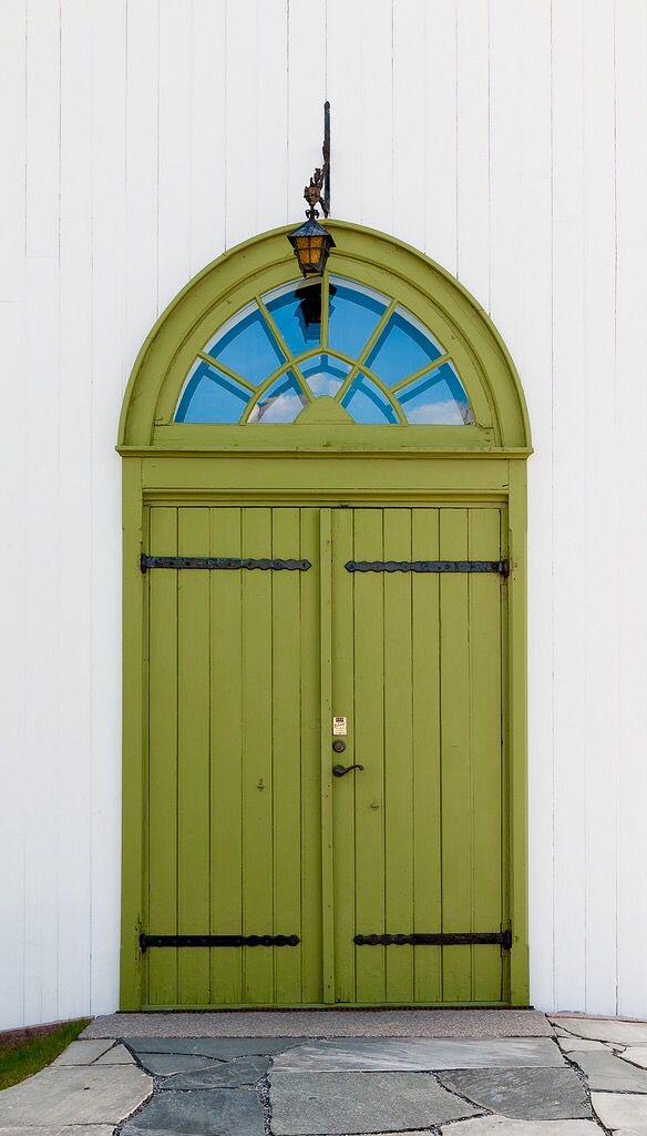 Wohnideen Türen nordby kirke grüne türen türen und haustüren