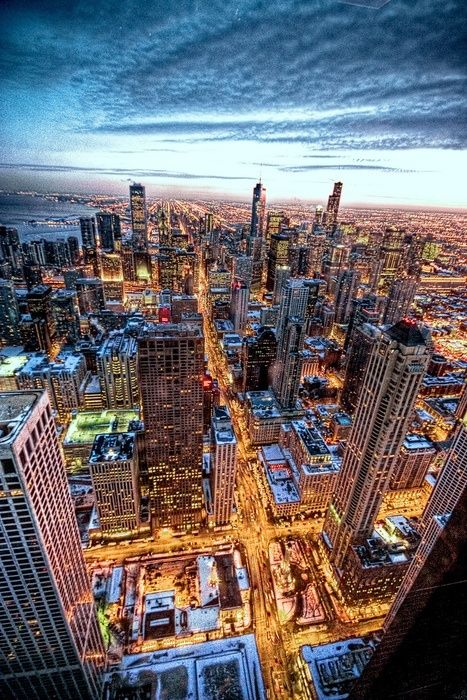 welcome to chicago  the third most beautiful city in usa