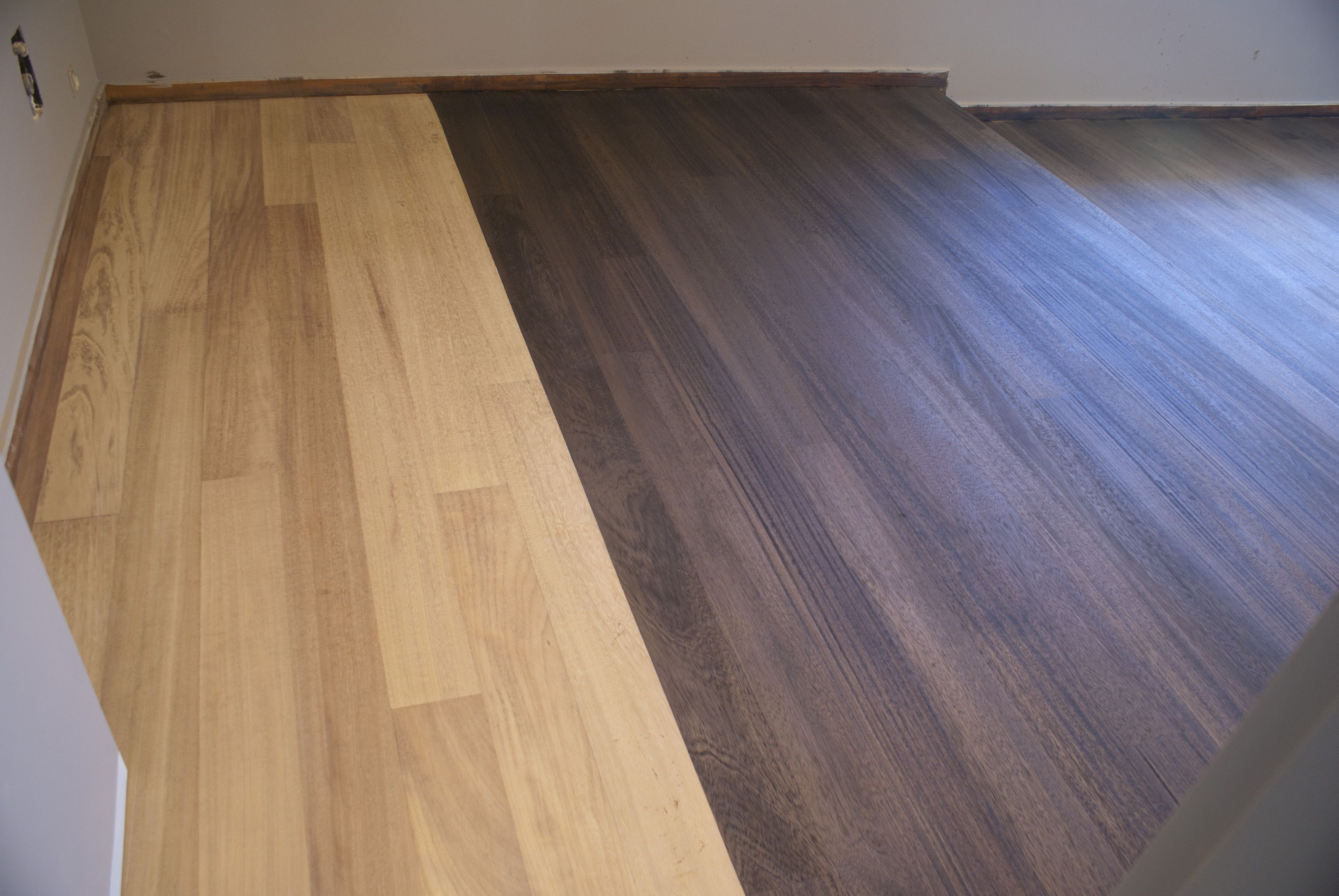 Te ido de tarima de iroko parquet suelos de madera suelos e madera - Piastrelle simili al parquet ...