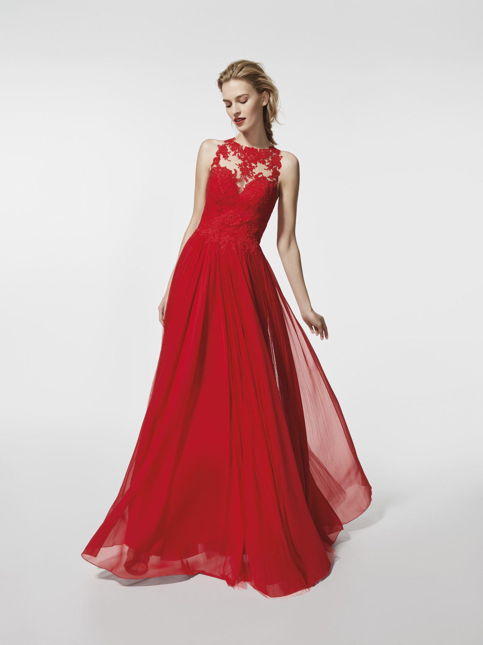 4b5224af3757 Stai cercando un abito da cerimonia  Questo è un abito lungo di colore rosso  (