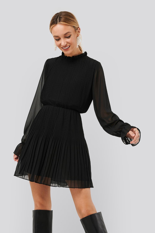Hög hals svart fest klänning | Fruugo SE
