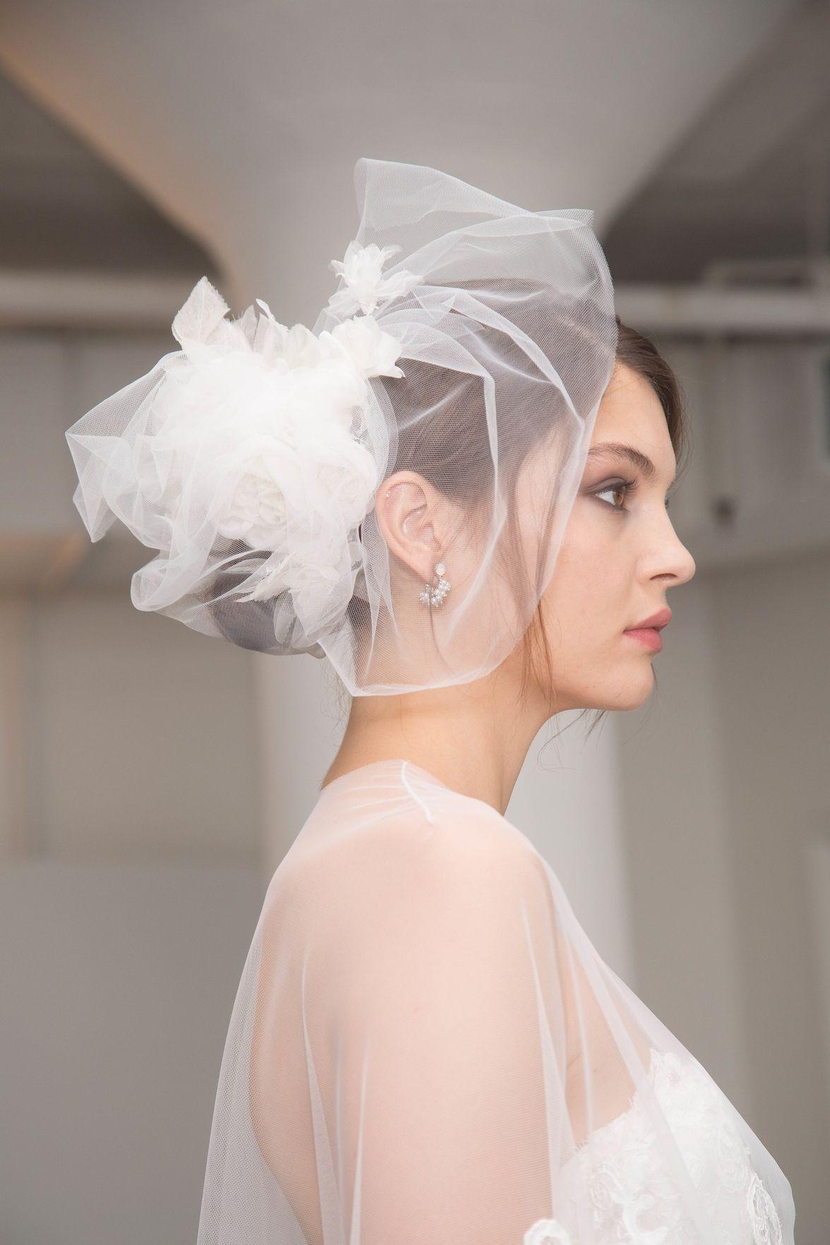 Marchesa Schleier für Hochzeit Frisuren 2018