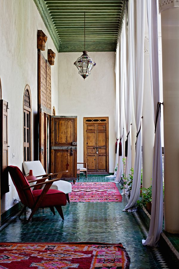 ONE ROOM INSPIRATION :: MINIMAL MOROCCAN | Outdoor Furniture ...