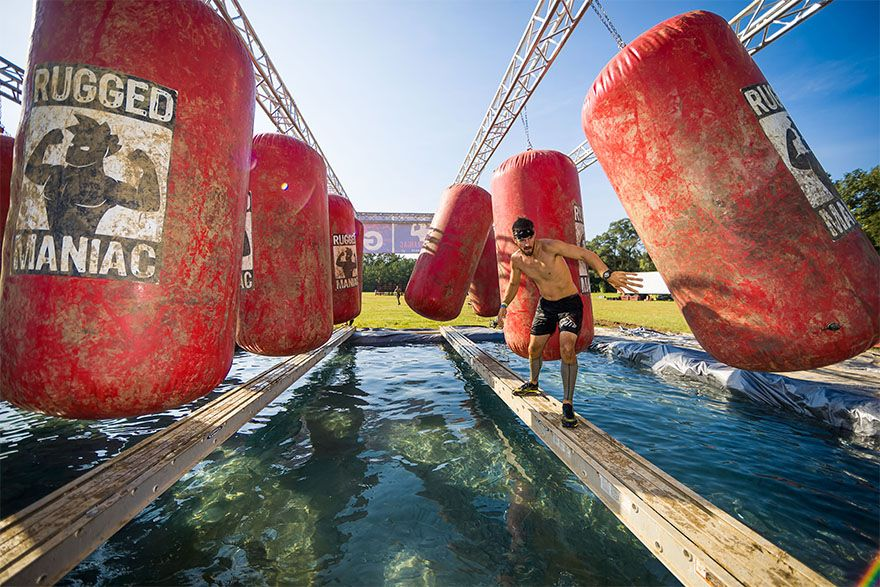Rugged Maniac Obstacle Race Gets In With Mud Sweat And Beers Fitness Sports