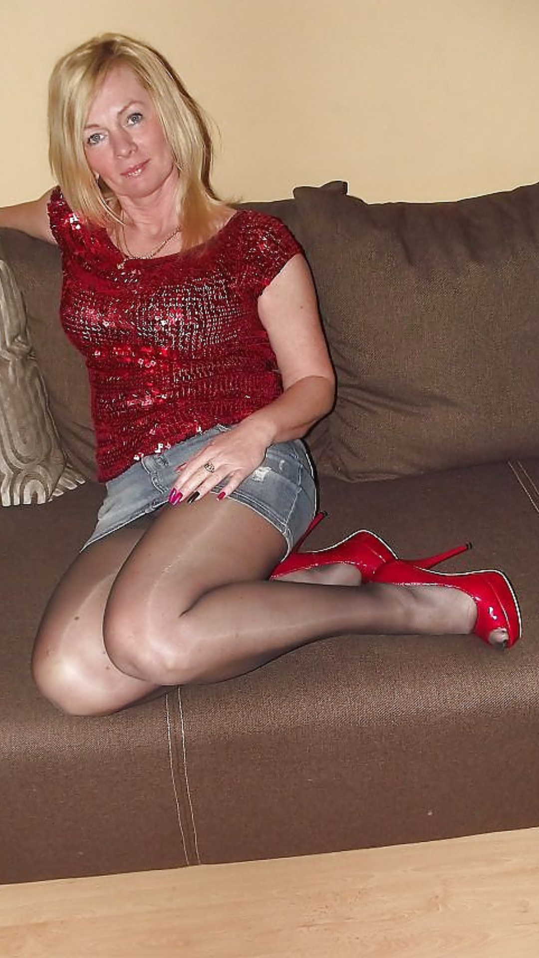 Free Mature Porn: Pantyhose Picture Galleries - HQ Oldies