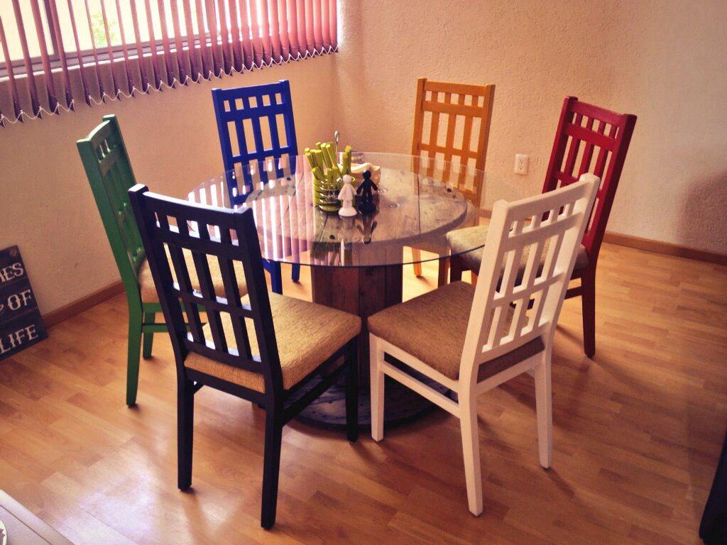 Comedor De Sillas De Colores Centro De Carrete De Cable Lijado Y  # Muebles Lijados Y Pintados