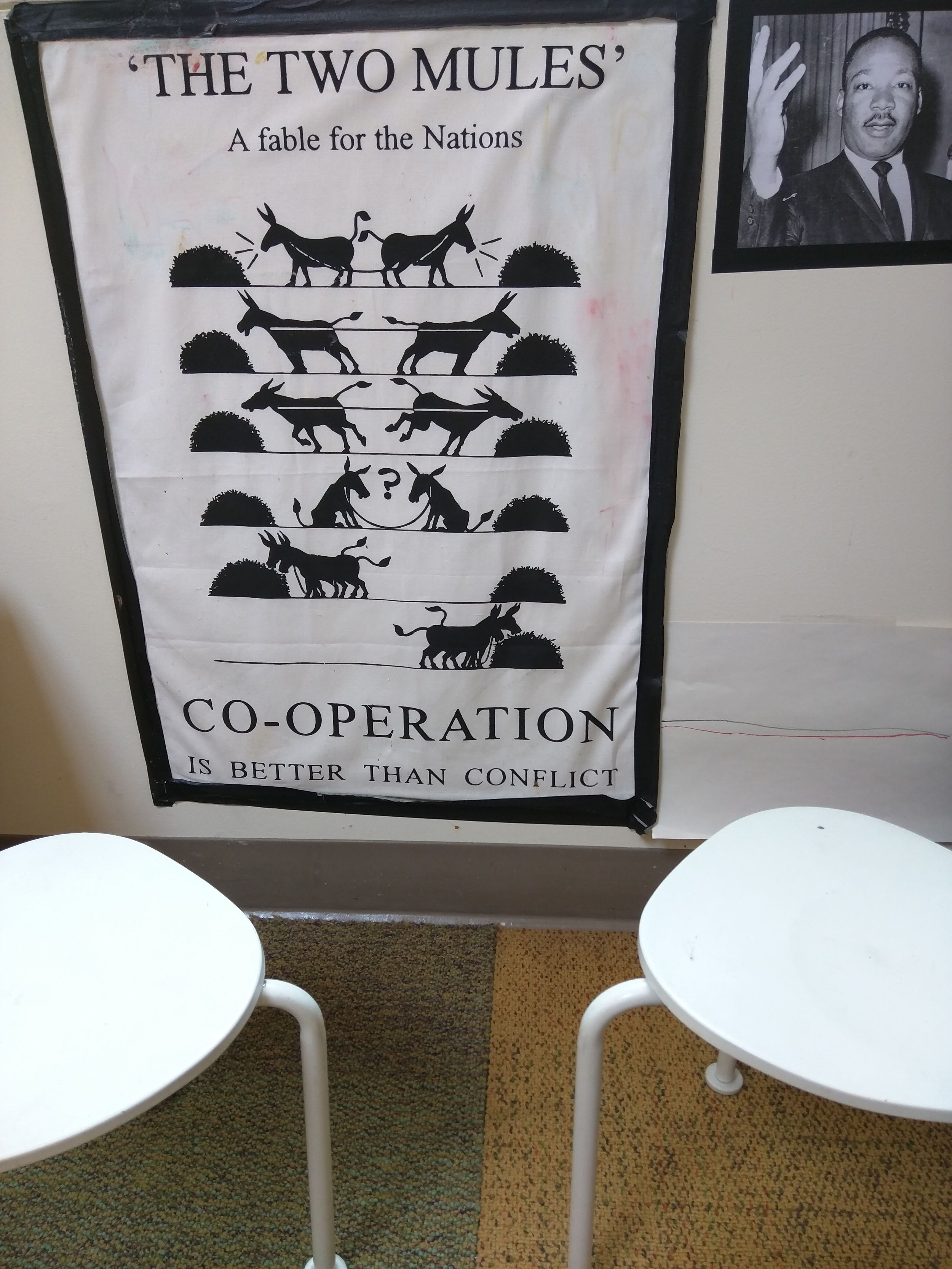 Teaching Peace with Elyse: Cooperation - Networking at the London Home of the Two Mules http://www.blog.discountschoolsupply.com/blog2/2016/8/17/teaching-peace-with-elyse-cooperation-networking-at-the-london-home-of-the-two-mules